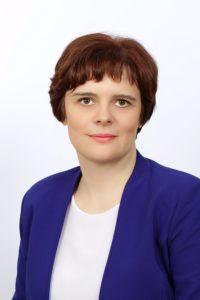 dr. Damjana Pondelek